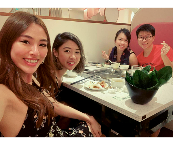Spent New Year's Eve with these lovely ladies having hotpot! Ended the night with our favourite board games, and some Ariana Grande and Taylor Swift Netflix Concerts! Couldn't think of a lovelier way to start 2021 💛