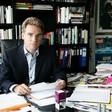 """Philippe Labro rend hommage au directeur de la rédaction de """"Paris Match"""", Olivier Royant, décédé jeudi"""