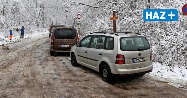 Nienstedter Pass: Parkplätze rund um den Deister erneut überlastet