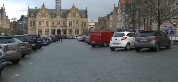 Ypres déploie un nouveau plan de stationnement - Ieper rolt nieuw parkeerplan uit