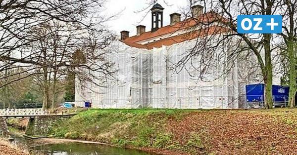 Sanierung im Barockschloss Griebenow: 2021 soll das Gerüst fallen