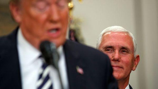 """""""Außer Kontrolle"""": Trump-Kabinett erwägt offenbar schnelle Absetzung des Präsidenten"""