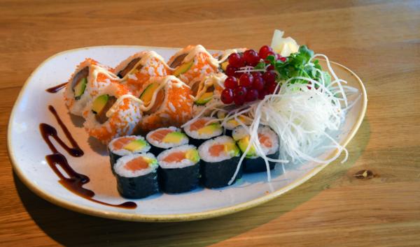 "Auch Sushi gehört zum Repertoire im ""Mami Dang"" Foto: Bernd Gartenschläger"