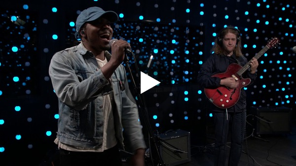 Durand Jones & The Indications - Smile (Live on KEXP)