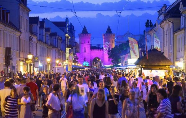 Was ist da los? Die Potsdamer Erlebnisnacht 2019. Foto: Bernd Gartenschläger