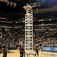 A Timeout for the N.B.A.'s Halftime Performers Is Costing Them Big - The New York Times
