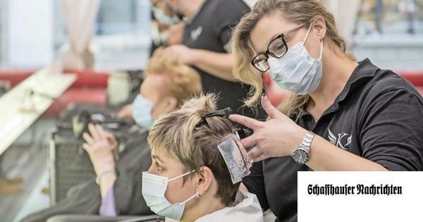 Coiffeursalon Kopfsalat frisiert gratis das Schaffhauser Spitalpersonal