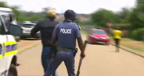 WATCH: Congregants arrested for violating lockdown regulations | eNCA