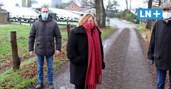 Kählstorfer protestieren gegen Biogas und Hähnchenmast