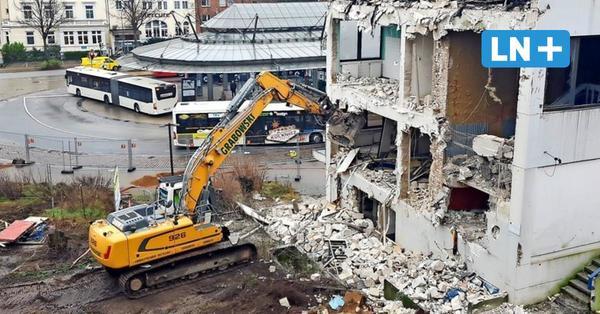 Hauptbahnhof: Die Abriss am Zob hat begonnen