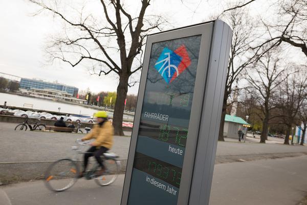 Am Rudolf-von-Bennigsen Ufer befindet sich eine Zählstelle für den Radverkehr. (Foto: Moritz Frankenberg)