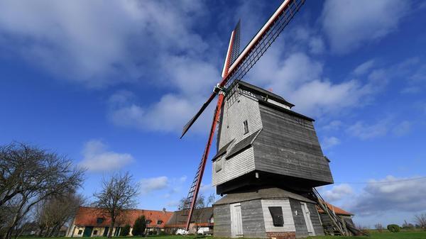 Une randonnée à Wormhout, sur un circuit qui donne des ailes - Een wandeling in Wormhout, op een circuit dat vleugels geeft