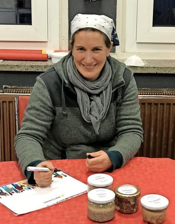 Anja Koch von der Fläminger Weideschwein GbR.