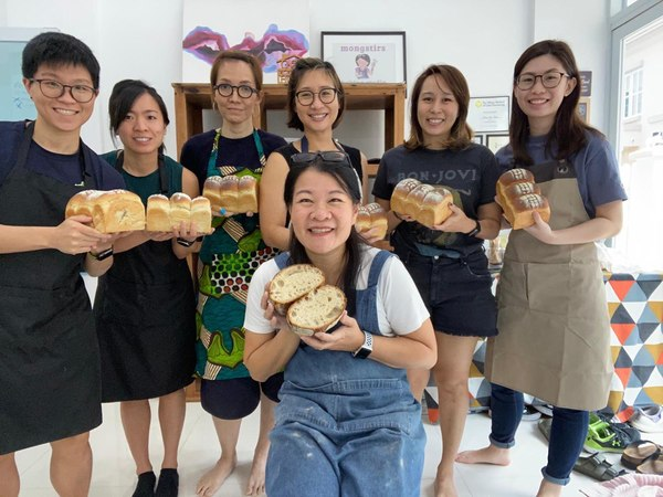 Met some incredible ladies and found out that the world is incredibly small! Also baked a Roasted Barley Milk Loaf which we polished off in the next 3 days!