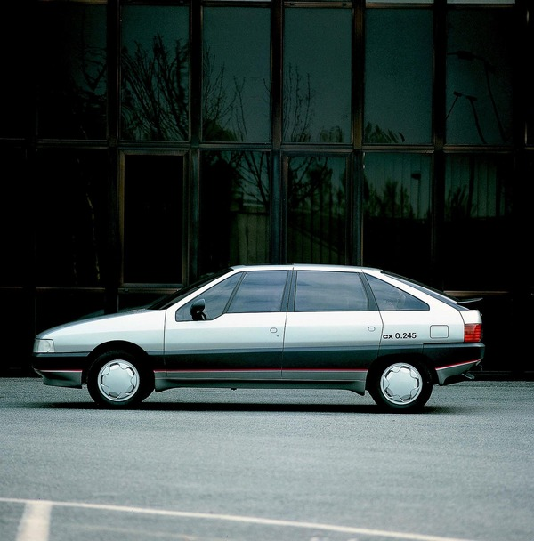 Website: Alte Konzept-Autos