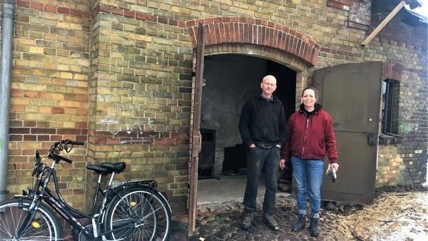 Berliner wollen Bahnhof bei Neustrelitz retten
