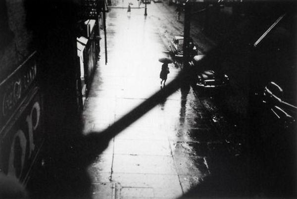 Saul Leiter, Rain, 1950s, silver gelatine, 5x7 inches.