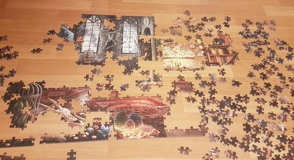 Puzzeln zum Zeitvertreib (Foto: Anja Levien)