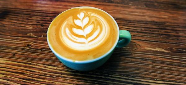 Der Nutorious macht auch im Cappuccino eine gute Figur. Quelle: Bernd Gartenschläger