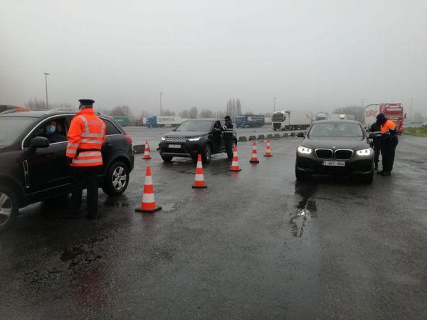 La police belge vérifie les frontières nationales, de nombreuses déclarations sont manquantes   - Politie controleert landsgrenzen, veel ontbrekende verklaringen