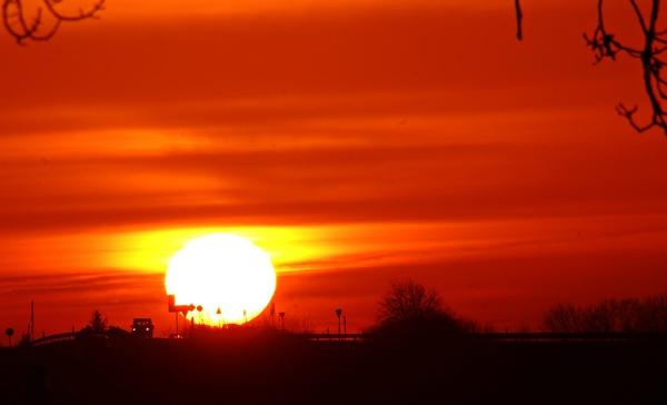 Atemberaubender Sonnenuntergang in Grimmen. (Foto: Anke Hanusik)