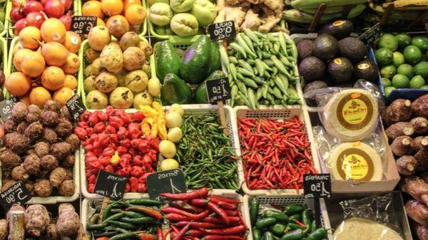 Nourrir les écoliers avec des légumes issus de la ceinture alimentaire du Tournaisis - Doornikse leerlingen krijgen groenten uit de korte keten op hun bord