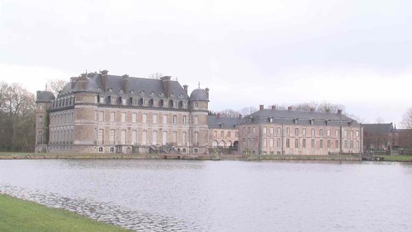 Le parc du château de Beloeil est ouvert gratuitement tous les week-ends - Park van kasteel van Beloeil elk weekend gratis toegankelijk