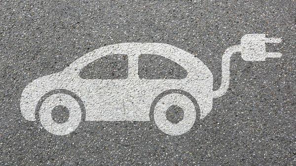 E-Autos: Weiterhin viele Fragen zur Batterie-Produktion