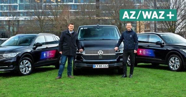 Fußball-EM: VW überreicht Dienstwagen an Organisationsmitarbeiter