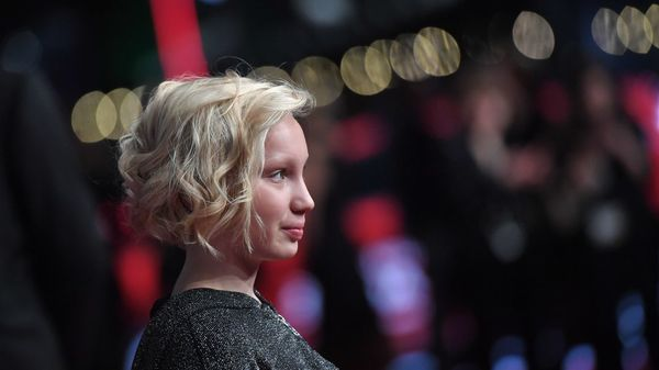 Schauspieltalent Helena Zengel: Zwischen Hollywoodruhm und 7 Euro Taschengeld