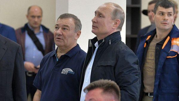 """Milliardär und Judo-Freund: Das ist der Mann, dem angeblich """"Putins Palast"""" gehört"""
