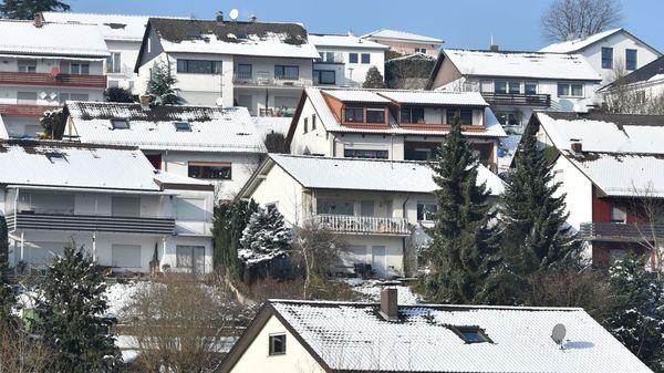 Schneesturm: Mit diesen Tipps überstehen Sie den extremen Wintereinbruch