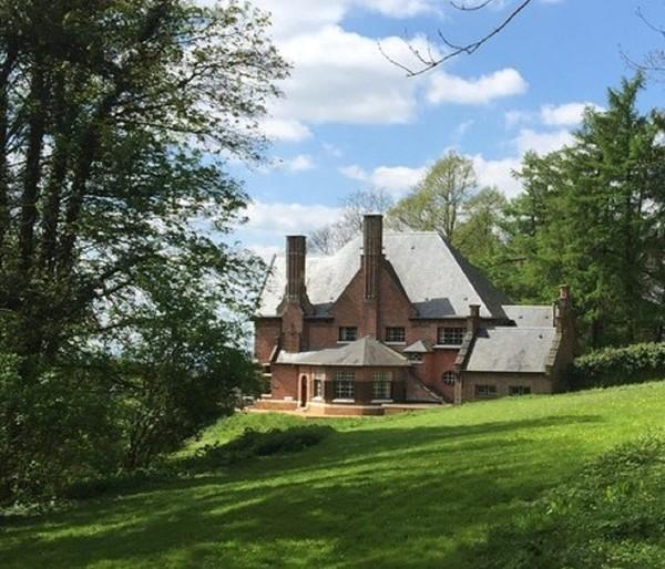 Dans le Nord, la Villa Marguerite Yourcenar prépare sa saison de résidence d'écrivains 2021 - Schrijvers binnenkort weer welkom in Villa Yourcenar