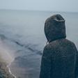 Eenzaamheid doet pijn, het maakt ziekt en het zorgt voor wanhoop en verdriet - Brainwash