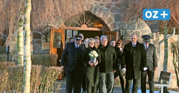 Hunderte Trauernde erweisen Grimmens Bürgermeister die letzte Ehre