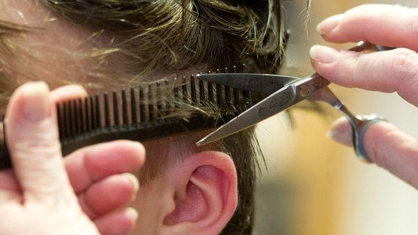Bund und Länder einig: Friseure dürfen ab 1. März wieder öffnen