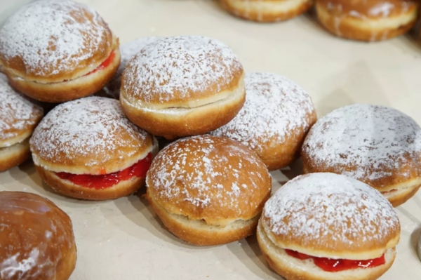Various paczki made at Delightful Pastries bakery in Jefferson Park. | Brian Rich/Sun-Times