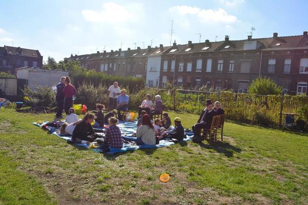À Roubaix, les jardins paroissiaux bientôt zones d'agriculture urbaine - In Roubaix worden tuinen van parochie binnenkort tuinen voor stadslandbouw