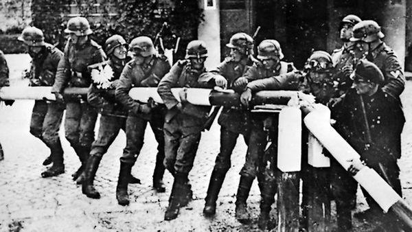 Steinmeier-Äußerung: Polens Regierung will neue Debatte um Weltkriegs-Reparationen