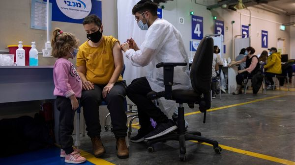 Corona-Impfung in Isreal: Online-Desinformation bremst Impfkampagne aus