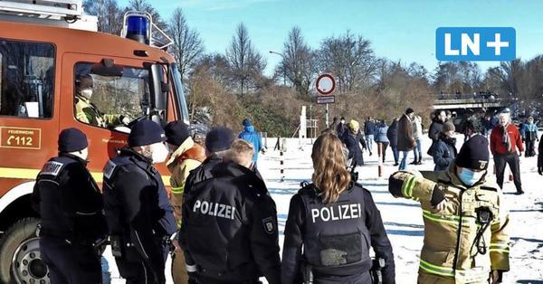 Lübeck: So lief die erneute Räumung der Wakenitz durch die Polizei