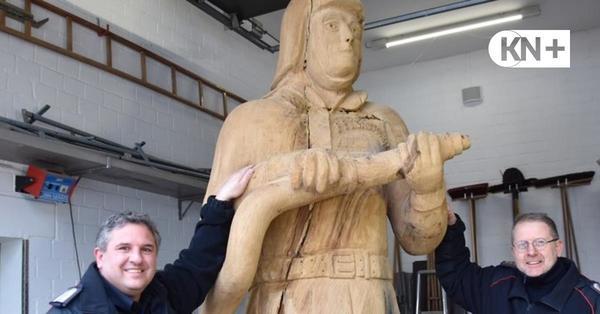 """""""Holzmichel"""" in Klausdorf: Der neue Kamerad wiegt 1,5 Tonnen"""