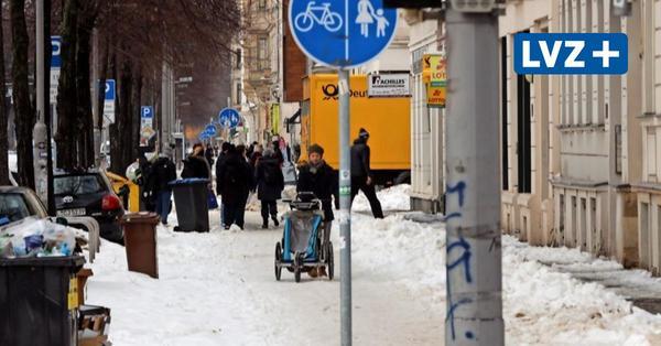 Vom Schnee überfordert: Stadtreinigung Leipzig überlässt die Radwege dem Tauwetter