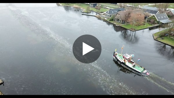 WOUBRUGGE - Aan alles komt een eind. IJsbreker de Spes maakte dinsdag een doorgang (video)
