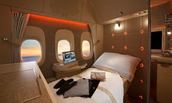 ... das Flugzeug ohne Fenster: Haben Passagiere bald keinen Ausblick mehr?