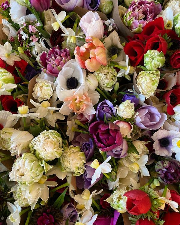 Order Your Bloomchick Flower Company CSA This Weekend