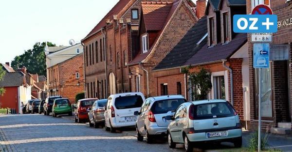 Schluss mit Schlange parkender Autos: Verkehrskonzept in Klütz nimmt Gestalt an