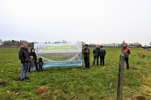 Natuurpunt et la municipalité de Wevelgem veulent transformer la Leievallei en un paradis botanique - Natuurpunt en gemeente Wevelgem willen Leievallei omvormen tot een plantenparadijs