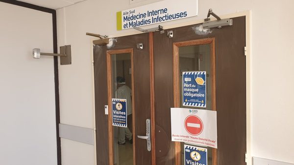 Plongée au cœur de l'unité Covid du CHD, situation difficile pour le personnel - In het hart van de COVID-unit van het hospitaal van Duinkerke