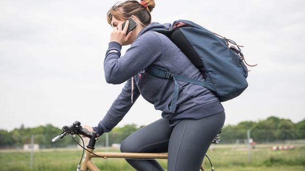 Ist das Telefonieren auf dem Fahrrad eigentlich erlaubt?